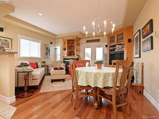 Photo 7: 834 Rainbow Cres in VICTORIA: SE High Quadra House for sale (Saanich East)  : MLS®# 805913
