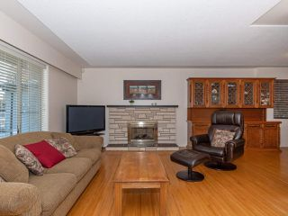 Photo 11: 1614 GREENMOUNT Avenue in Port Coquitlam: Oxford Heights House for sale : MLS®# R2351074