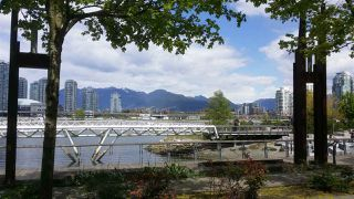 Photo 19: 509 1783 MANITOBA Street in Vancouver: False Creek Condo for sale (Vancouver West)  : MLS®# R2362914