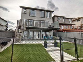 Photo 2: 17039 43 Street in Edmonton: Zone 03 House for sale : MLS®# E4156663