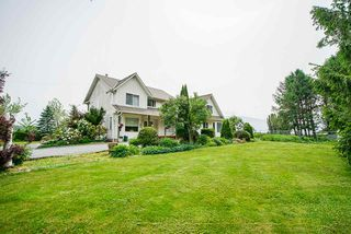 Photo 3: 6230 TOLMIE Road in Abbotsford: Sumas Prairie House for sale : MLS®# R2372564