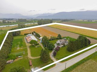 Photo 18: 6230 TOLMIE Road in Abbotsford: Sumas Prairie House for sale : MLS®# R2372564