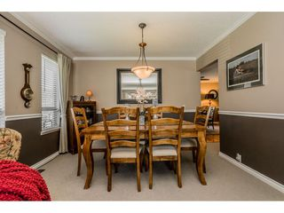 """Photo 5: 14165 17A Avenue in Surrey: Sunnyside Park Surrey House for sale in """"Ocean Bluff"""" (South Surrey White Rock)  : MLS®# R2373616"""