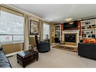"""Photo 10: 14165 17A Avenue in Surrey: Sunnyside Park Surrey House for sale in """"Ocean Bluff"""" (South Surrey White Rock)  : MLS®# R2373616"""