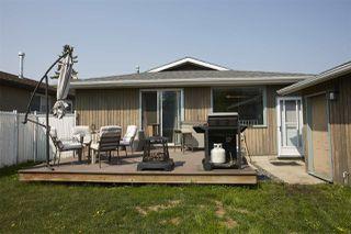 Photo 2: 2627 83 Street in Edmonton: Zone 29 House for sale : MLS®# E4159640
