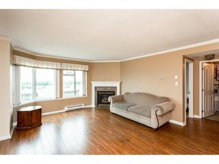 """Photo 3: 1002 32440 SIMON Avenue in Abbotsford: Abbotsford West Condo for sale in """"Trethewey Towers"""" : MLS®# R2376551"""