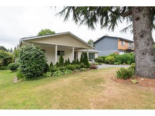 Photo 6: 15658 BROOME Road in Surrey: King George Corridor House for sale (South Surrey White Rock)  : MLS®# R2376769