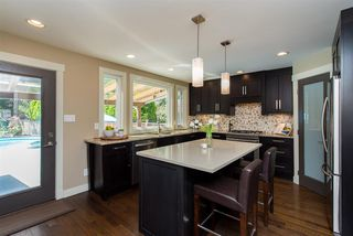 Photo 4: 2115 SANDSTONE Drive in Abbotsford: Abbotsford East House for sale : MLS®# R2379663