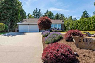 Main Photo: 2115 SANDSTONE Drive in Abbotsford: Abbotsford East House for sale : MLS®# R2379663