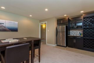Photo 8: 2115 SANDSTONE Drive in Abbotsford: Abbotsford East House for sale : MLS®# R2379663