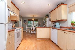 Photo 5: 2707 Windman Lane in VICTORIA: La Mill Hill Single Family Detached for sale (Langford)  : MLS®# 412324