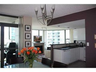 Photo 6: 1101 1128 QUEBEC Street in Vancouver East: Home for sale : MLS®# V829380
