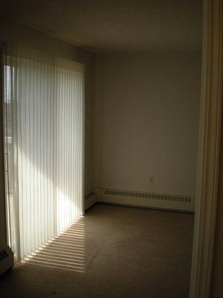 Photo 10: 405 17519 98A Avenue NW in Edmonton: Zone 20 Condo for sale : MLS®# E4163045