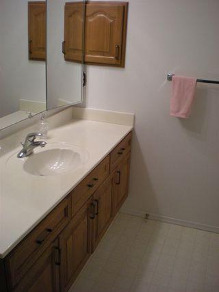 Photo 15: 405 17519 98A Avenue NW in Edmonton: Zone 20 Condo for sale : MLS®# E4163045