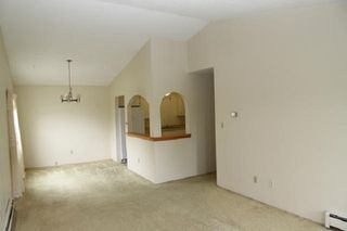 """Photo 11: 303 33400 BOURQUIN Place in Abbotsford: Central Abbotsford Condo for sale in """"Bakerview Place"""" : MLS®# R2385590"""