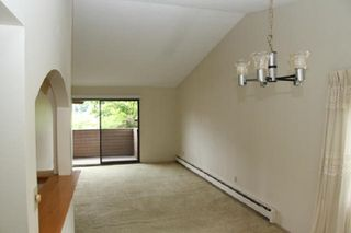 """Photo 9: 303 33400 BOURQUIN Place in Abbotsford: Central Abbotsford Condo for sale in """"Bakerview Place"""" : MLS®# R2385590"""