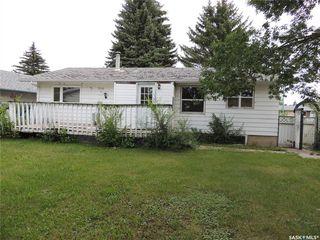 Photo 3: 812 Hastings Place in Estevan: Centennial Park Residential for sale : MLS®# SK785246