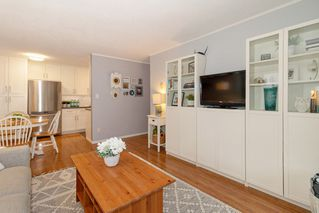 "Photo 6: 110 2211 W 5TH Avenue in Vancouver: Kitsilano Condo for sale in ""WESTPOINTE VILLA"" (Vancouver West)  : MLS®# R2434574"
