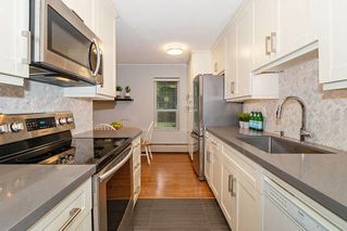 "Photo 10: 110 2211 W 5TH Avenue in Vancouver: Kitsilano Condo for sale in ""WESTPOINTE VILLA"" (Vancouver West)  : MLS®# R2434574"