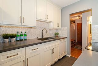 "Photo 12: 110 2211 W 5TH Avenue in Vancouver: Kitsilano Condo for sale in ""WESTPOINTE VILLA"" (Vancouver West)  : MLS®# R2434574"