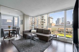 "Main Photo: 305 1188 RICHARDS Street in Vancouver: Yaletown Condo for sale in ""PARK PLAZA"" (Vancouver West)  : MLS®# R2445751"