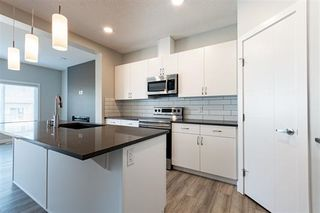 Photo 3:  in Edmonton: Zone 30 House Half Duplex for sale : MLS®# E4205437