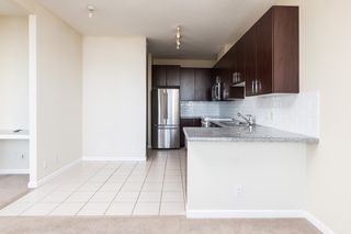 """Photo 6: 1702 7388 SANDBORNE Avenue in Burnaby: South Slope Condo for sale in """"MAYFAIR PLACE"""" (Burnaby South)  : MLS®# R2477838"""