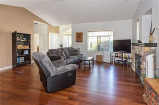 Photo 5: SL7 5977 Blairmore Pl in : Na North Nanaimo Row/Townhouse for sale (Nanaimo)  : MLS®# 851576
