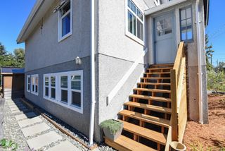 Photo 4: 2770 Maryport Ave in : CV Cumberland House for sale (Comox Valley)  : MLS®# 853830