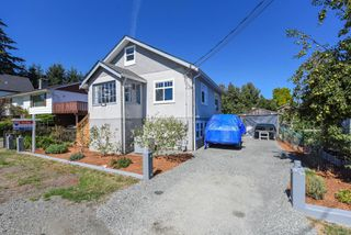 Photo 2: 2770 Maryport Ave in : CV Cumberland House for sale (Comox Valley)  : MLS®# 853830