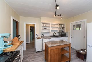 Photo 11: 2770 Maryport Ave in : CV Cumberland House for sale (Comox Valley)  : MLS®# 853830