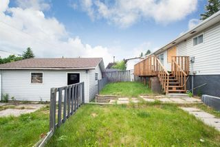 Photo 12: 5719 PINEPOINT Drive NE in Calgary: Pineridge Detached for sale : MLS®# A1031036