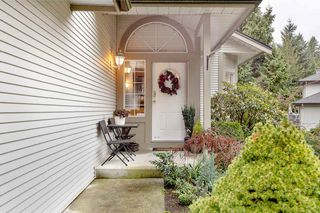 "Photo 2: 57 101 PARKSIDE Drive in Port Moody: Heritage Mountain Townhouse for sale in ""TREE TOPS"" : MLS®# R2524074"