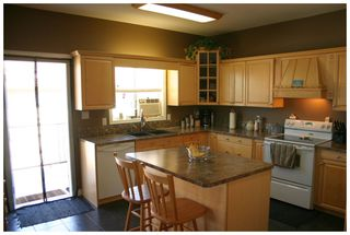 Photo 10: 1410 Southeast 12 Street in Salmon Arm: Orchard Ridge House for sale : MLS®# 10069728