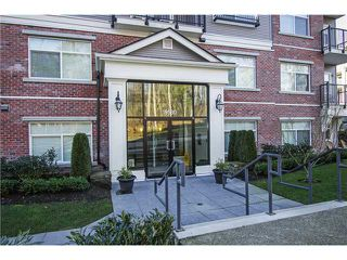 """Main Photo: 305 19530 65TH Avenue in Surrey: Clayton Condo for sale in """"WILLOW GRAND"""" (Cloverdale)  : MLS®# F1402462"""