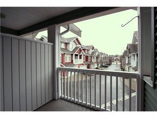 """Photo 5: 18 6785 193RD Street in Surrey: Clayton Townhouse for sale in """"MADRONA"""" (Cloverdale)  : MLS®# F1405903"""
