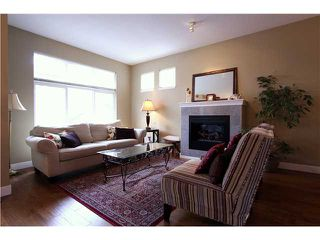 """Photo 2: 18 6785 193RD Street in Surrey: Clayton Townhouse for sale in """"MADRONA"""" (Cloverdale)  : MLS®# F1405903"""