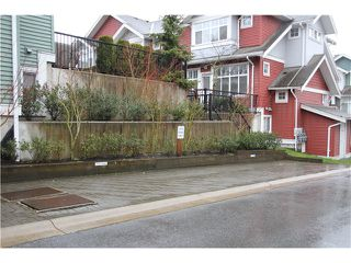 """Photo 23: 18 6785 193RD Street in Surrey: Clayton Townhouse for sale in """"MADRONA"""" (Cloverdale)  : MLS®# F1405903"""