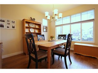 """Photo 7: 18 6785 193RD Street in Surrey: Clayton Townhouse for sale in """"MADRONA"""" (Cloverdale)  : MLS®# F1405903"""