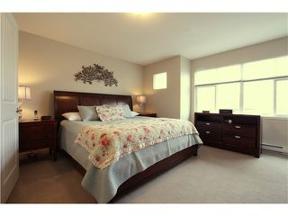 """Photo 12: 18 6785 193RD Street in Surrey: Clayton Townhouse for sale in """"MADRONA"""" (Cloverdale)  : MLS®# F1405903"""