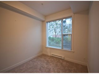 "Photo 8: 119 33539 HOLLAND Avenue in Abbotsford: Central Abbotsford Condo for sale in ""The Crossing"" : MLS®# F1427624"