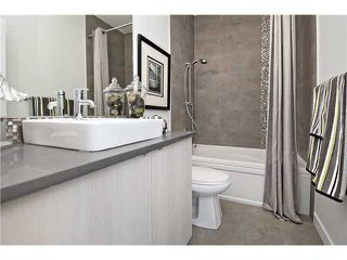 Photo 14: 2 4733 17 Avenue NW in Calgary: Montgomery Townhouse for sale : MLS®# C3651409