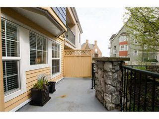 """Photo 10: 215 1363 56TH Street in Tsawwassen: Cliff Drive Condo for sale in """"Windsor Woods"""" : MLS®# V1114935"""