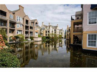 "Photo 14: 215 1363 56TH Street in Tsawwassen: Cliff Drive Condo for sale in ""Windsor Woods"" : MLS®# V1114935"