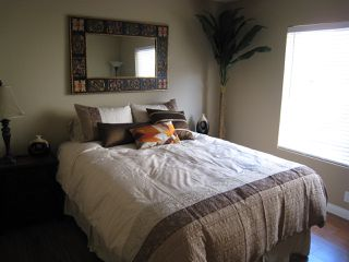 Photo 5: UNIVERSITY CITY Condo for sale : 2 bedrooms : 4050 Rosenda Court #241 in San Diego