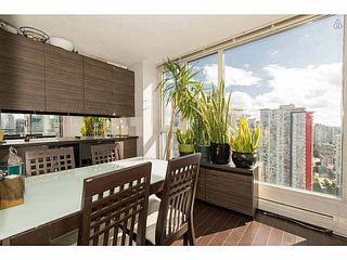 Photo 3: 3101 183 KEEFER Place in Vancouver: Downtown VW Condo for sale (Vancouver West)  : MLS®# V1118531