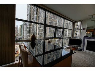 """Photo 13: 1801 989 BEATTY Street in Vancouver: Yaletown Condo for sale in """"THE NOVA"""" (Vancouver West)  : MLS®# V1141722"""