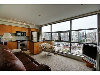 """Photo 2: 1801 989 BEATTY Street in Vancouver: Yaletown Condo for sale in """"THE NOVA"""" (Vancouver West)  : MLS®# V1141722"""