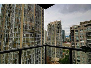 """Photo 12: 1801 989 BEATTY Street in Vancouver: Yaletown Condo for sale in """"THE NOVA"""" (Vancouver West)  : MLS®# V1141722"""
