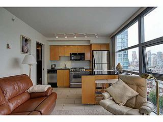 """Photo 5: 1801 989 BEATTY Street in Vancouver: Yaletown Condo for sale in """"THE NOVA"""" (Vancouver West)  : MLS®# V1141722"""